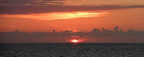 Golden Hour - serifandspice.wordpress.com